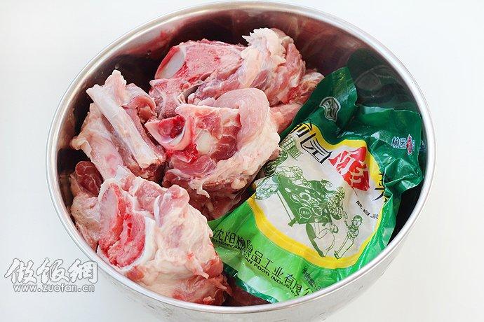 做法:东北菜谱家常菜做法-东北酸菜的做法,东北酸菜做法大全,东