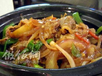 金针菇做法煲的肥牛_做金针菇腰果煲_金荷兰豆做法的肥牛图片
